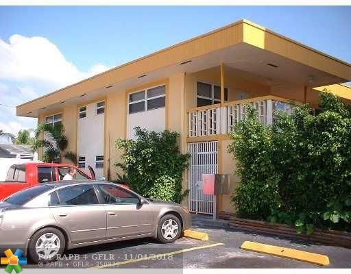 1740 Funston St # 9, Hollywood FL 33020