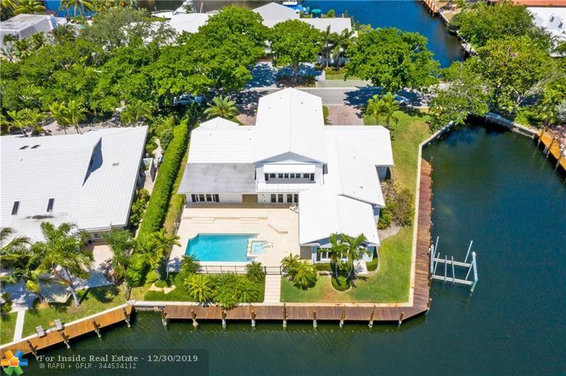 2 Compass Ln, Fort Lauderdale FL 33308