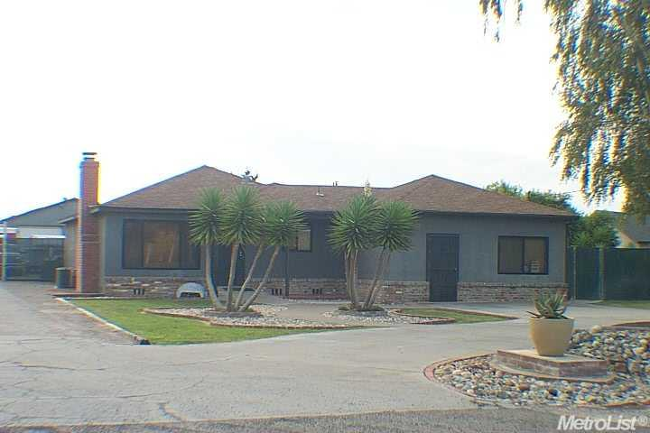 16280 Cottage, Manteca CA 95336 - Photo 1