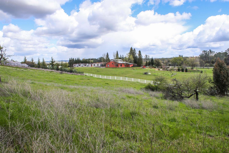5355 Poppy Ridge Court, Loomis CA 95650 - Photo 2