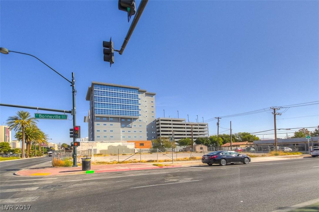 527 S Las Vegas Boulevard, Las Vegas NV 89101 - Photo 1