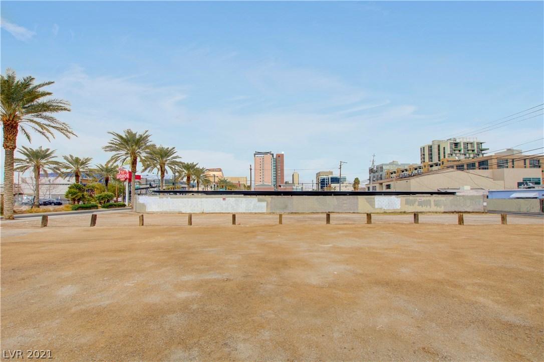 715 Casino Center Boulevard, Las Vegas NV 89101 - Photo 1