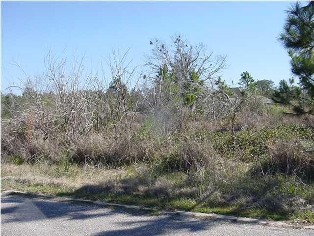 5161 Casa Grande Cir, Milton FL 32583 - Photo 2