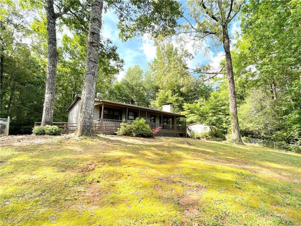 405 Mountain View Drive, Tamassee SC 29686 - Photo 2