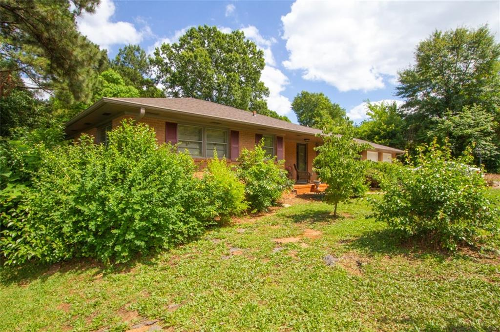 2012 Lindale Road, Anderson SC 29621 - Photo 2