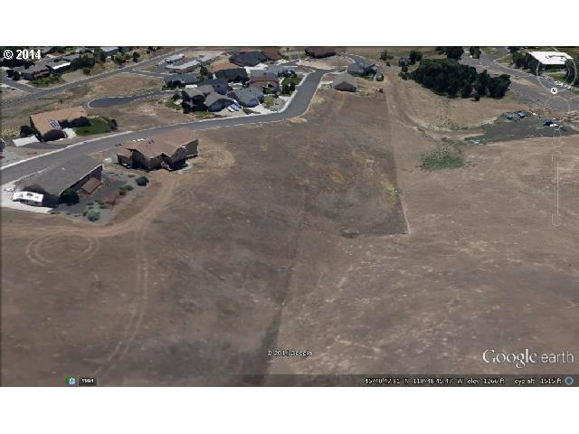 735 Nw 23rd St, Pendleton OR 97801 - Photo 1