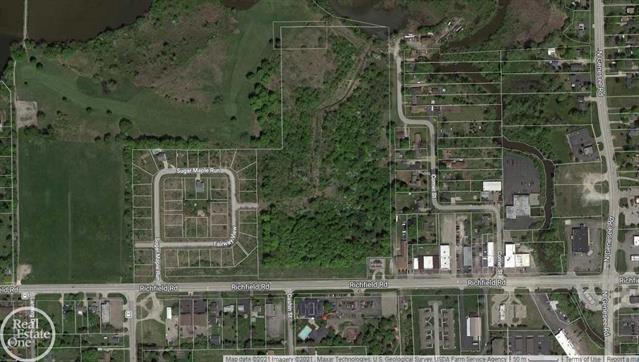 4220 Sugar Maple Run, Flint MI 48506 - Photo 2