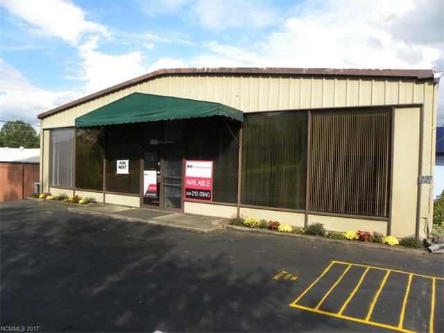 409 N Haywood Street, Waynesville NC 28786 - Photo 2