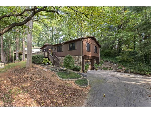 6 Pickwick Road, Asheville NC 28803