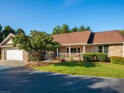 1461 Mountain Meadow Drive # 16 Hendersonville