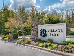 69 Village Pointe Lane # 38 Asheville